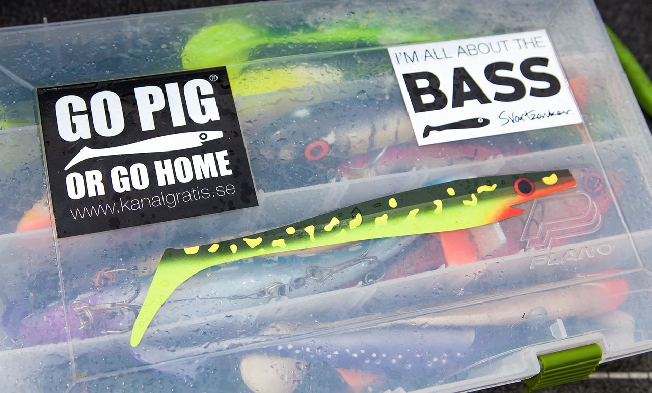 "Picture of Sticker - ""Pig Shad - Hot Pike"""
