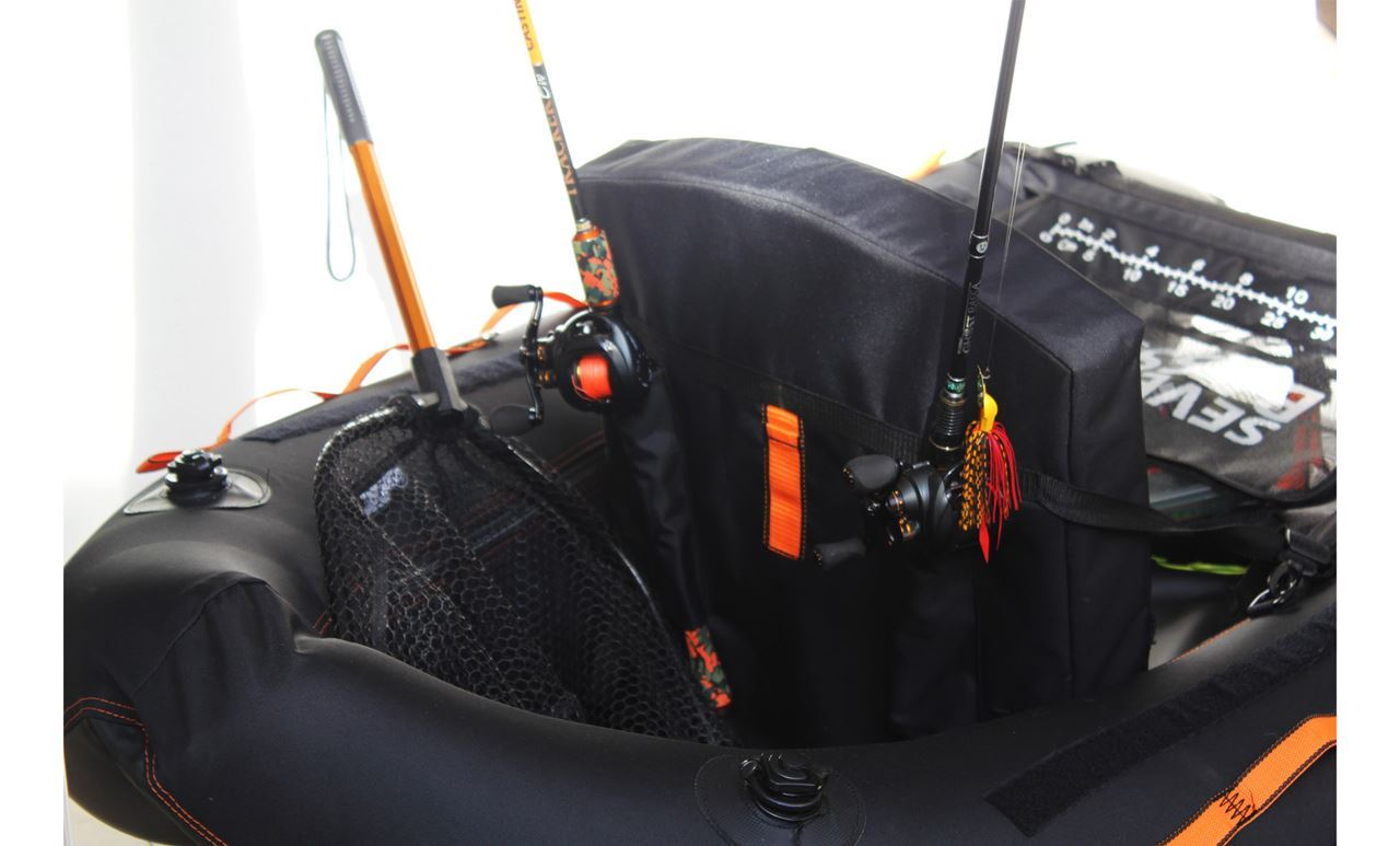 Picture of Seven Bass Float Tube - Element